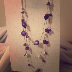 Jewelry - Opaque purple and pearl necklace